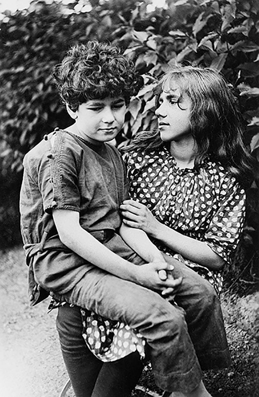 Mopsa und Klaus, ca. 1916, DLA